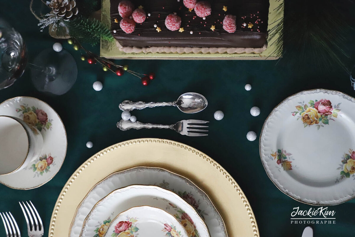 photographie d'une table festive à Noël